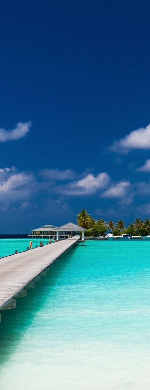 10 AMAZING Maldives Island Resorts I Maldives honeymoon #bucketlist #maldives #luxury #dreambeachwedding #honeymoon