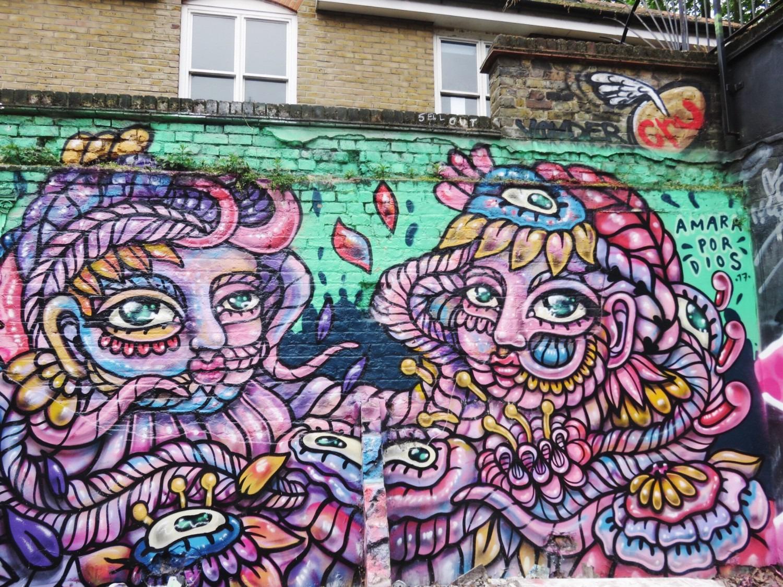 Amara Dos Dios in Seven Stars Yard Shoreditch Graffiti Wall