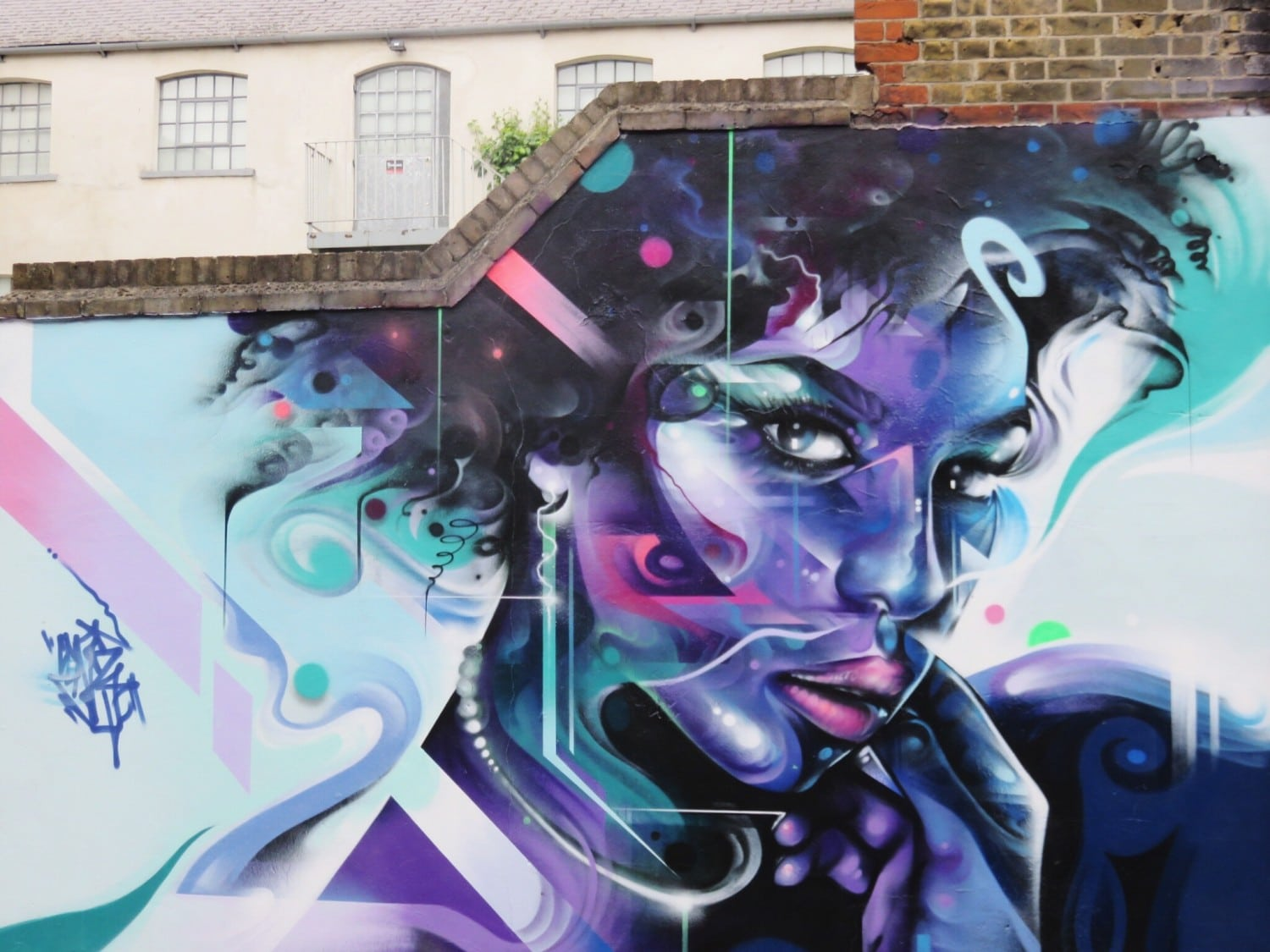 The Ultimate Shoreditch Street Art Guide: 20 Unmissable Spots + Map