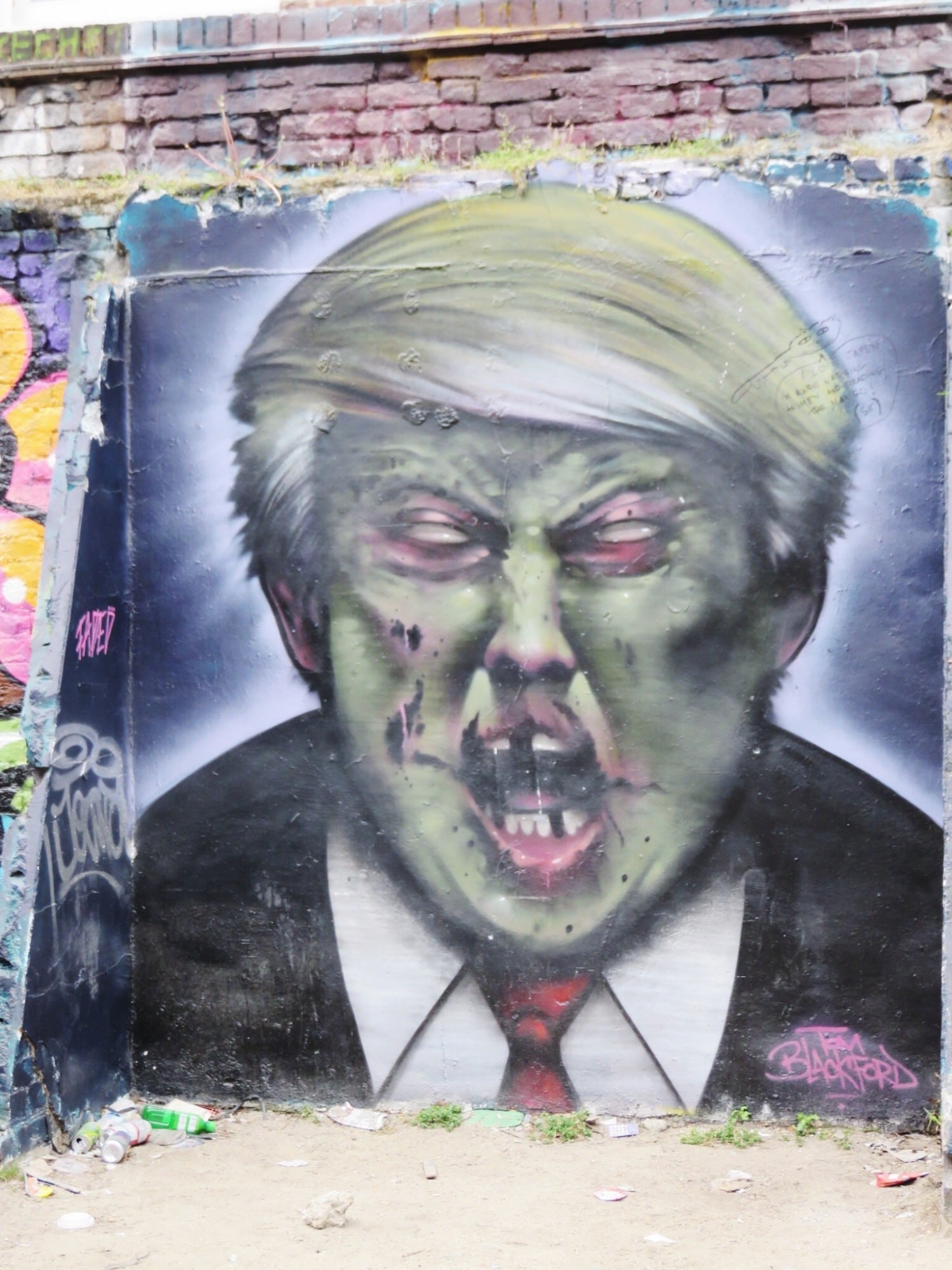 Tom Blackford Street Art in Shoreditch