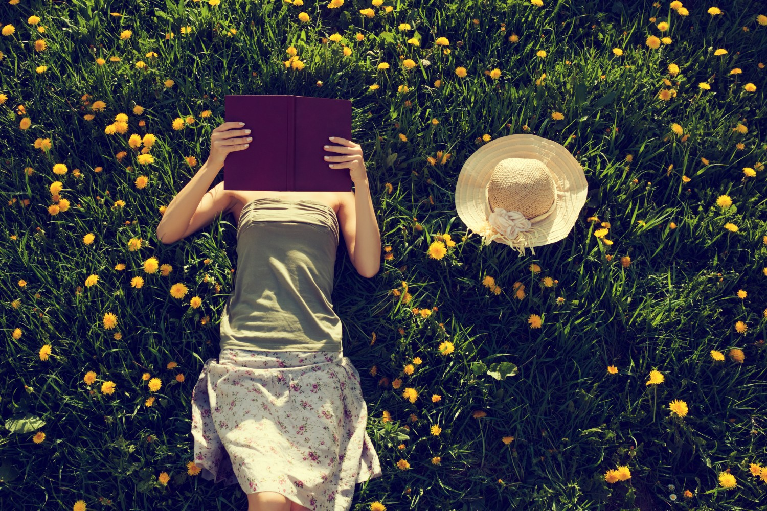 The Best Travel Books – 30 Books To Fuel Your Wanderlust