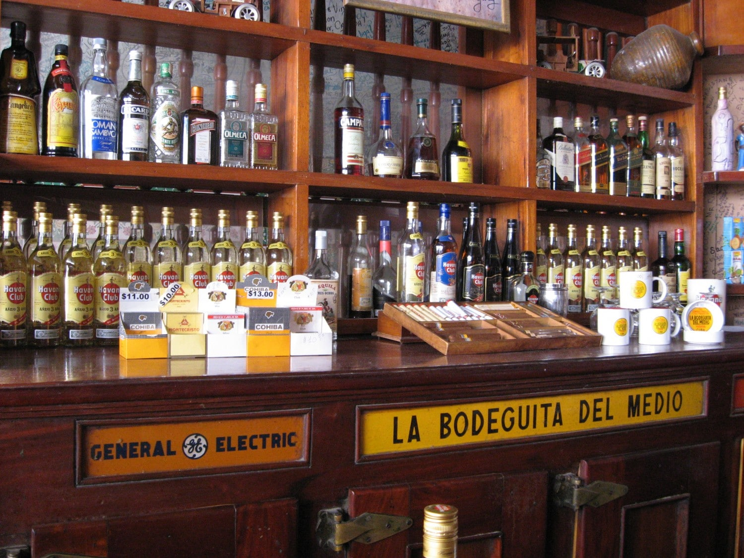 La Bodeguita Del Medio - the original Mojito bar in Havana. Read our guide to the best things to do in Havana now