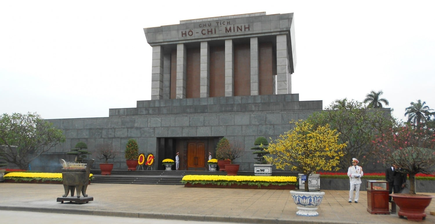 Ho Chi Minh Mausoleum. Things to do in Hanoi