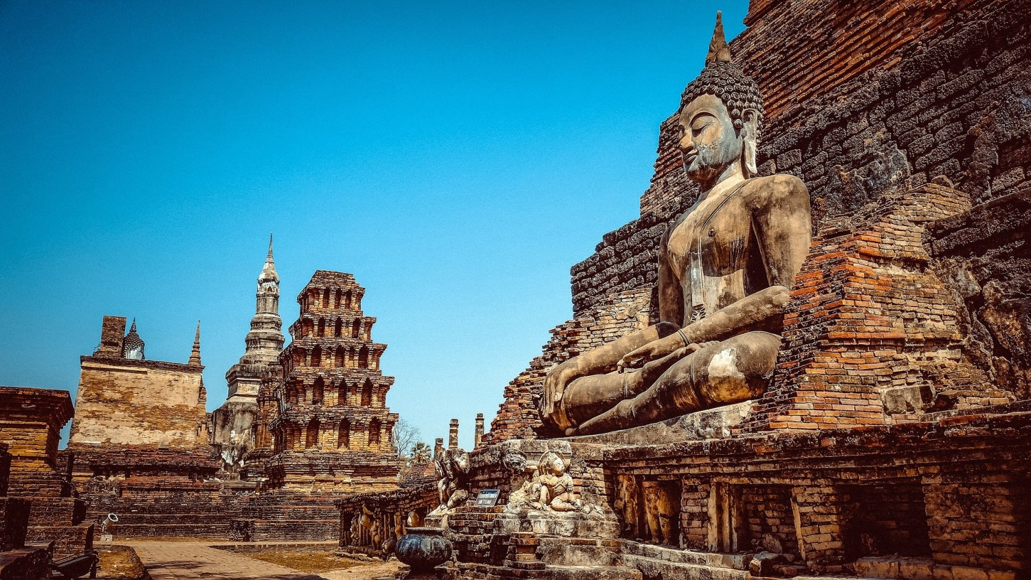 Sukothai, Thailand Four awesome Southeast Asia travel itineraries I Photography I Itinerary I Landscape I Food I Architecture I Laos I Thailand I Cambodia I Myanmar I Malaysia I Vietnam. Read the full travel guide now #travel #backpacking