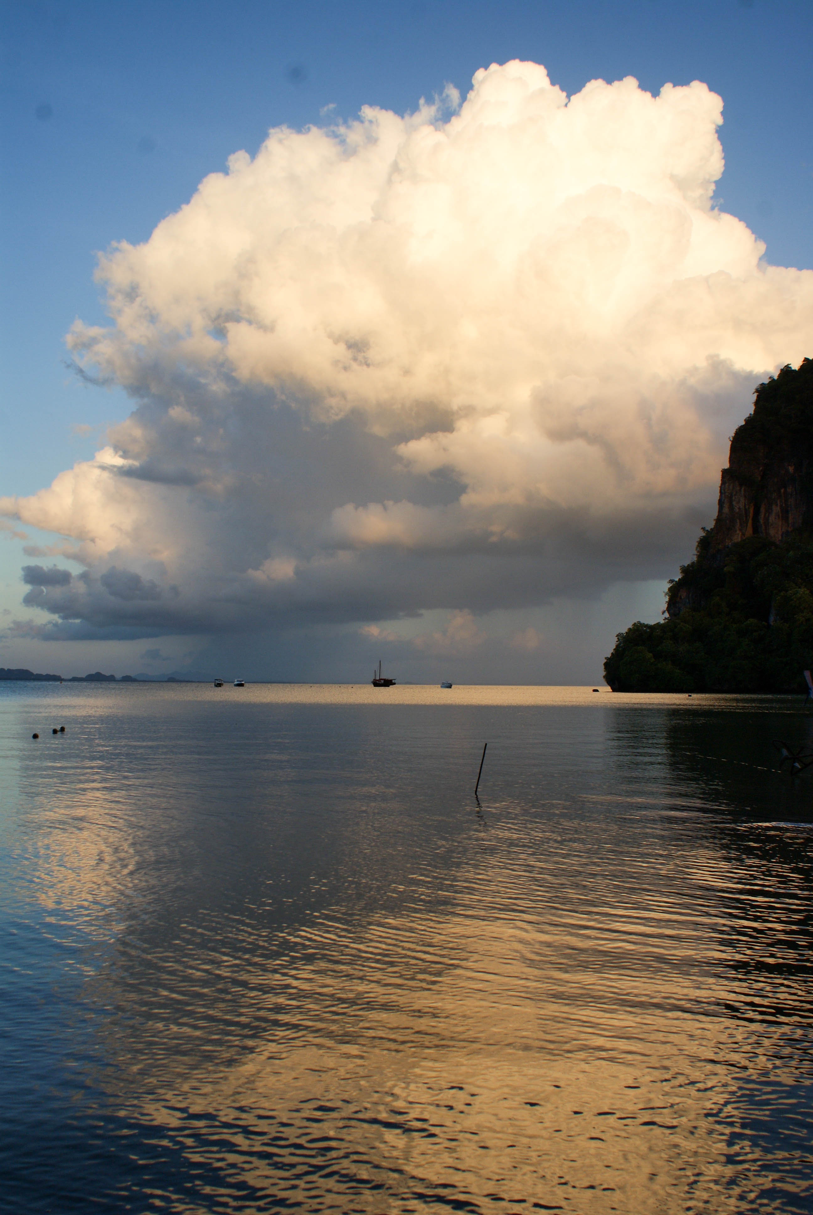 Postcards from Thailand: Railay, Krabi Photo Journal - Sunset in Railay