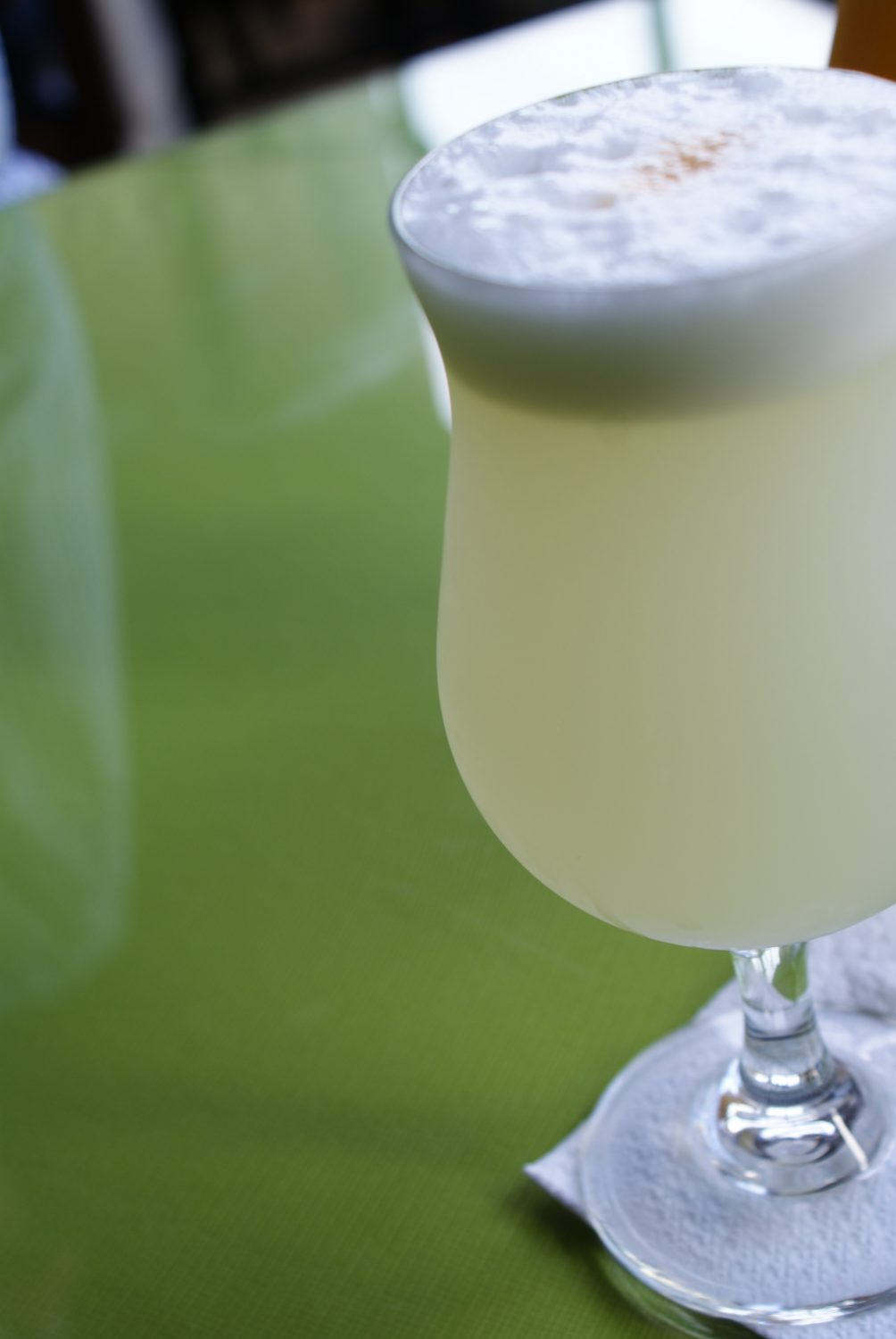 Pisco Sours I South America Travel Bucket List. 90 Awesome Things to do in South America When Backpacking and Travelling #southamerica #bucketlist #traveldestinations