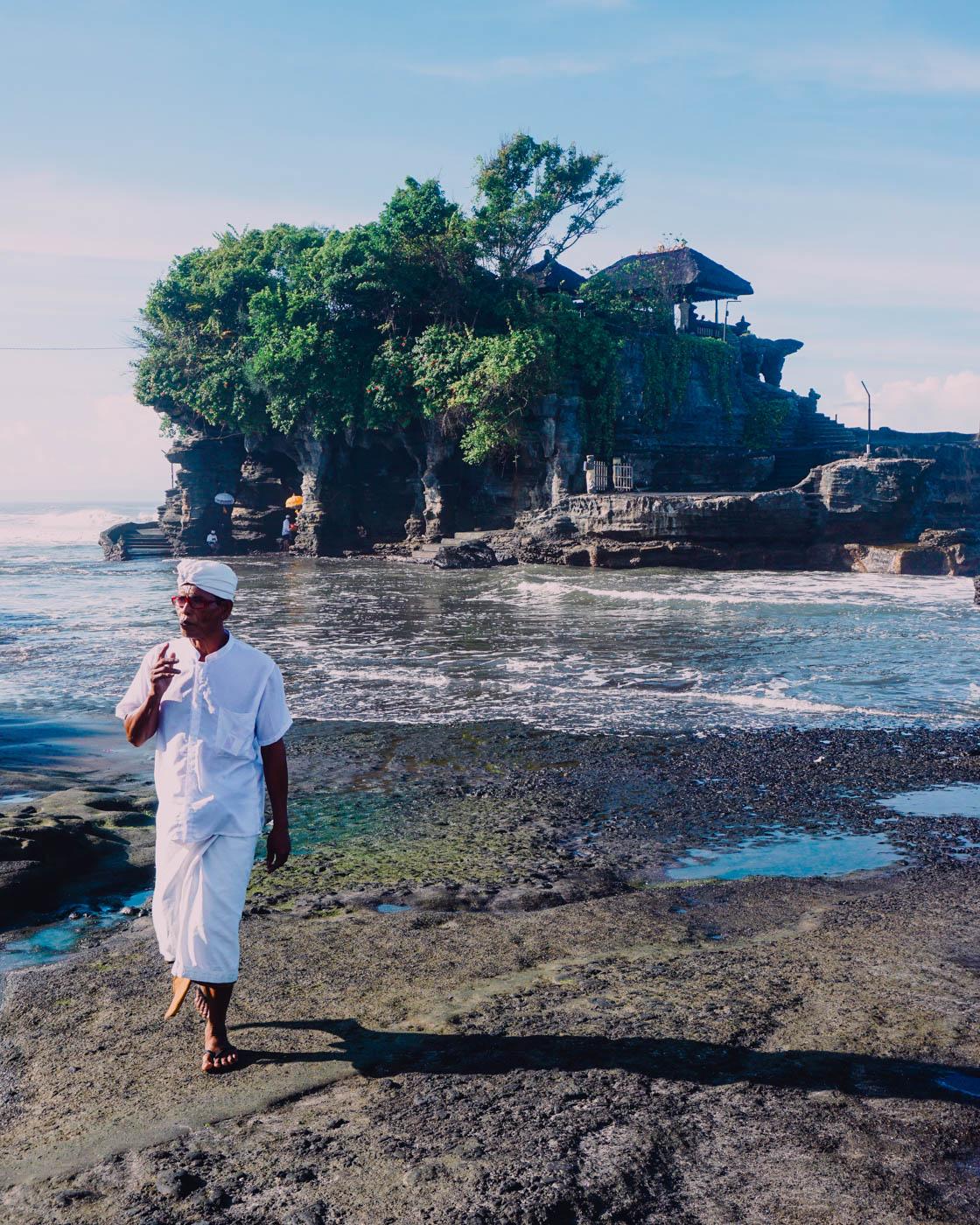 Tanah Lot - The Bali Hotel Guide I Bali Travel I Winter Sun I Indonesia I Travel #traveldestinations #traveltips #bali #indonesia-1