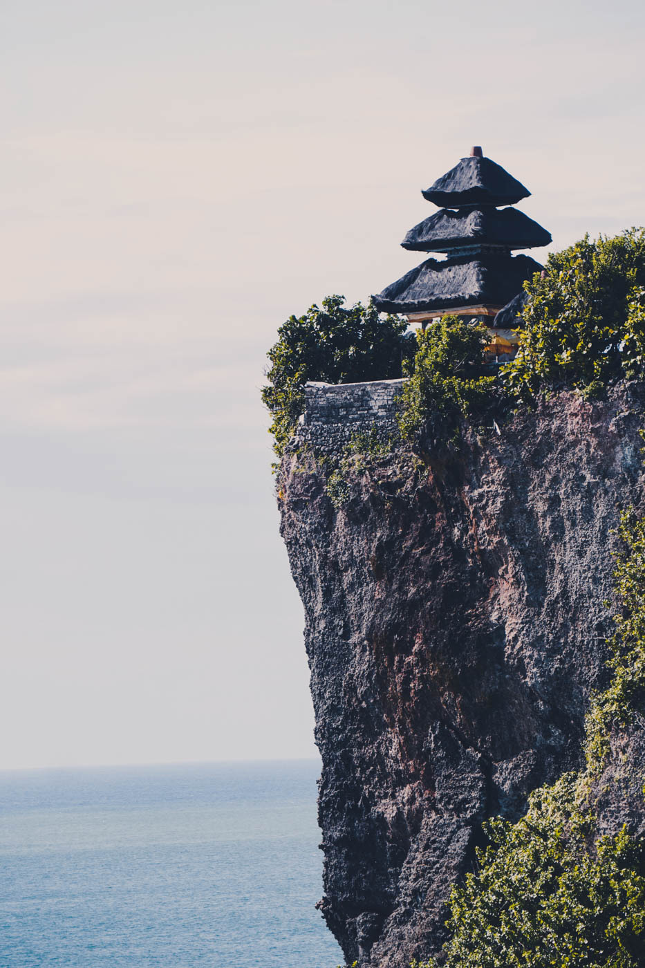 Uluwatu Temple, Bali Itinerary #traveldestinations #bali #beautifulplaces