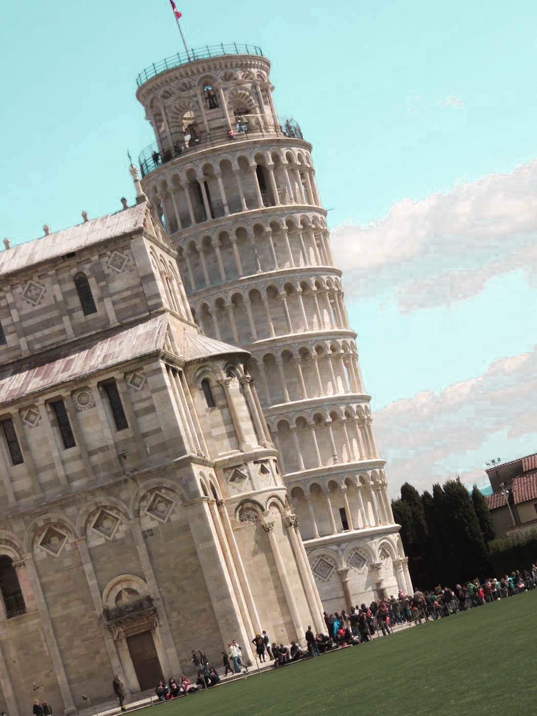 Pisa, Tuscany I Best Places to Visit in Tuscany - Italy Travel Guide. Awesome things to do in Tuscany include vineyard - beach and the food. #travel #traveldestinations #italytravel
