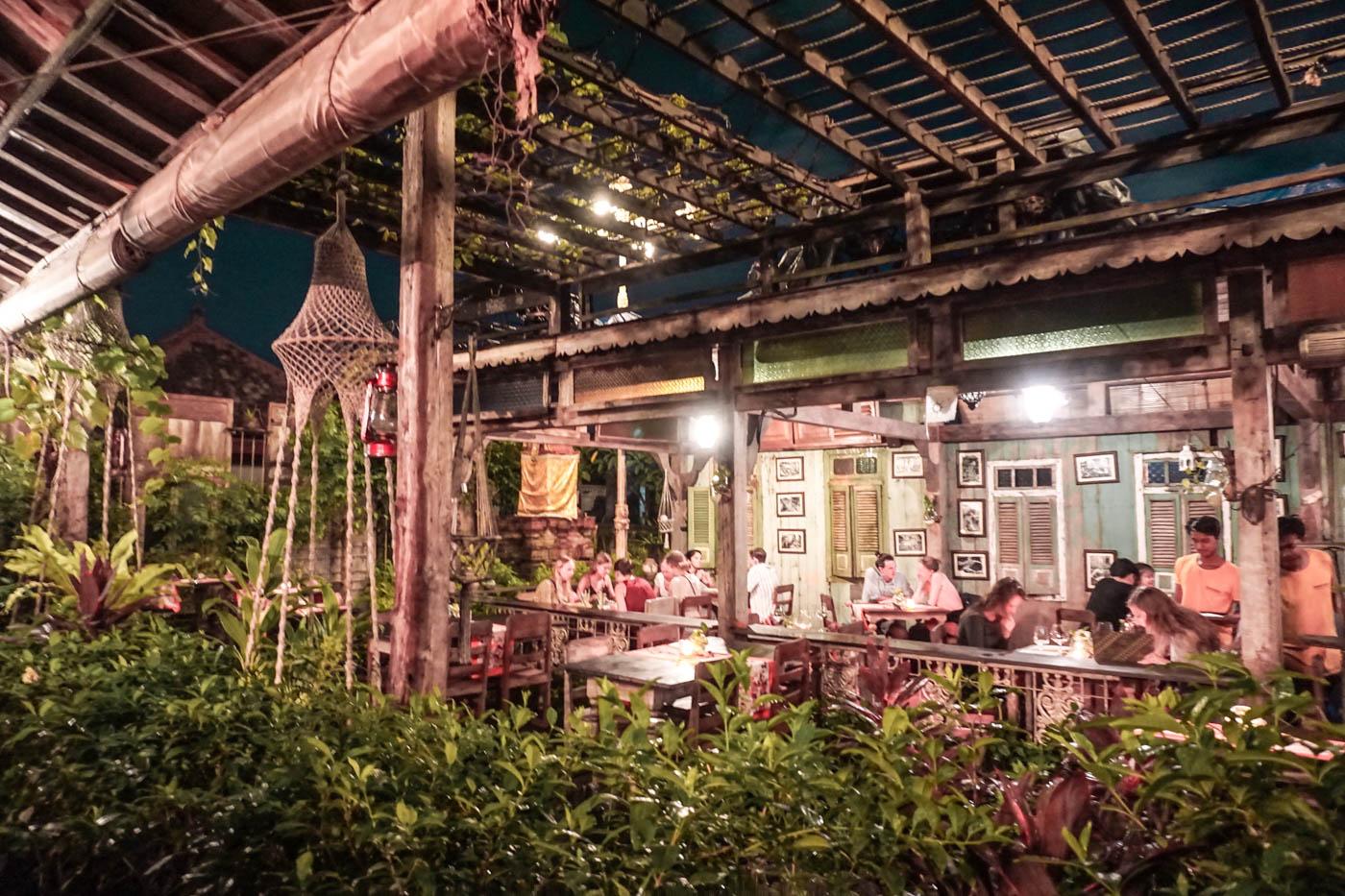 Warung Dandelion - a cute restaurant in Canggu