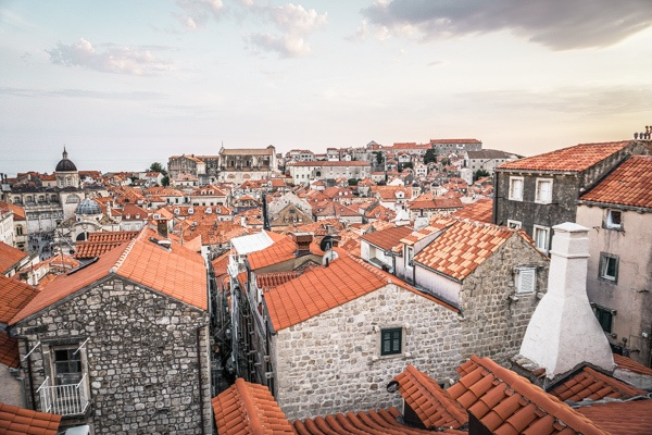The ultimate guide to discovering Game of Thrones in Dubrovnik. A self-guided tour of the old town and other locations used in the seasons - complete with pictures and a map. Dont miss it! #got #gameofthrones #travel #dubrovnik