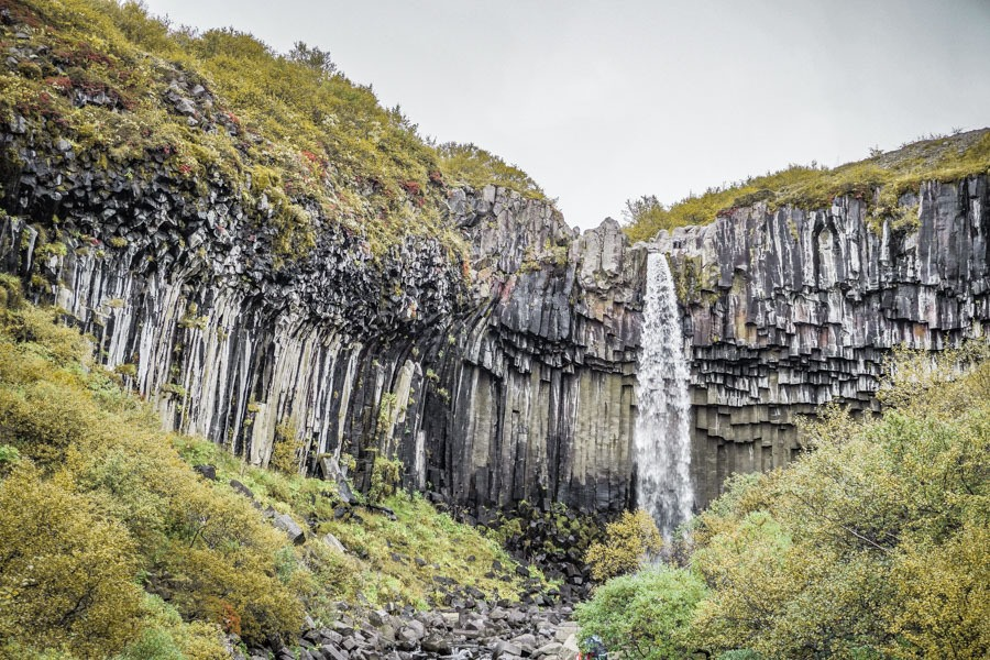 Svartifoss - black falls. 18 Iceland waterfalls that need to be seen to be believed. Photography hotspots, beautiful landscapes - don't miss them on your next trip. Complete with a map! #landscapes #photography #europe