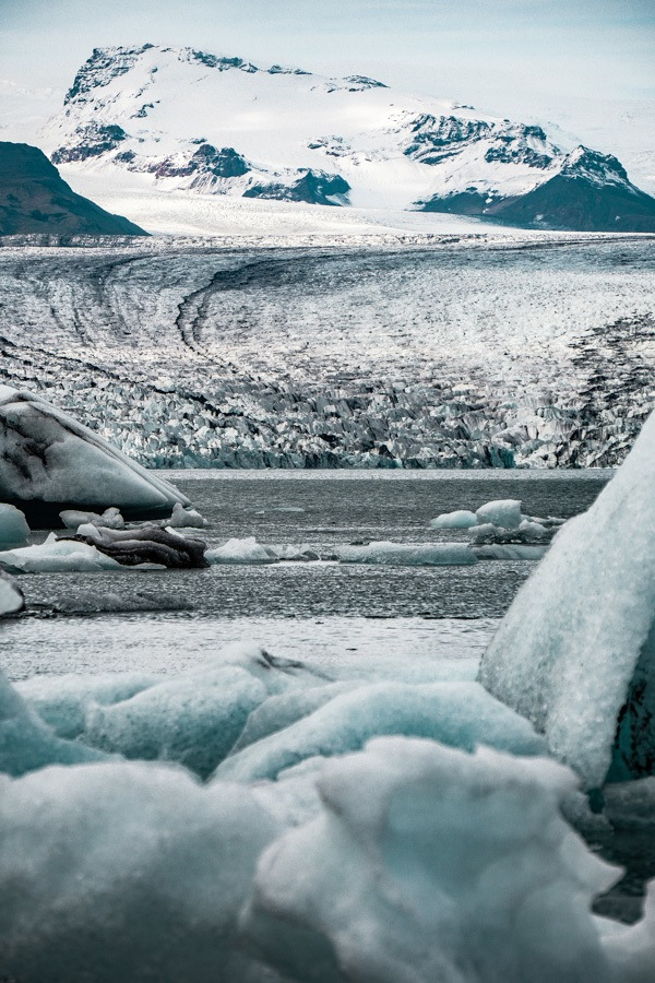 Jokulsarlon Glacier Lagoon in Iceland is simply incredible. A prime travel destination for seeing the Northern Lights and one of the most memorable Iceland landscapes - here's what you need to know before you go #iceland #travel #traveltips