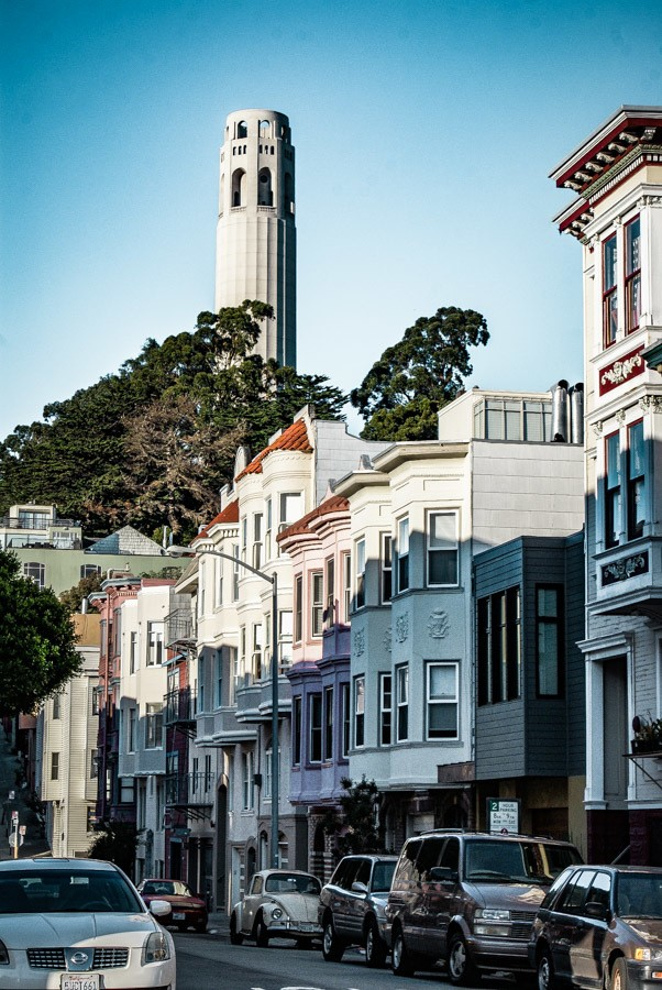 Coit Tower. 2 fun-filled days in San Francisco! Get your comfortable shoes on and lets explore the best things to do in San Francisco during a city break. #travel #california #thediscoveriesof