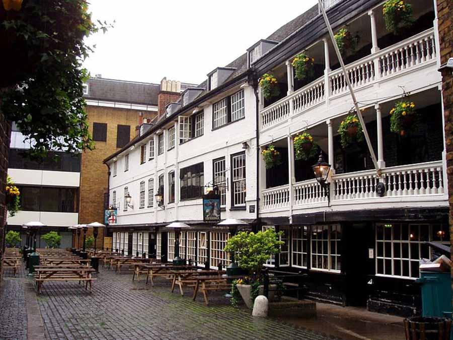 The George Pub, Borough