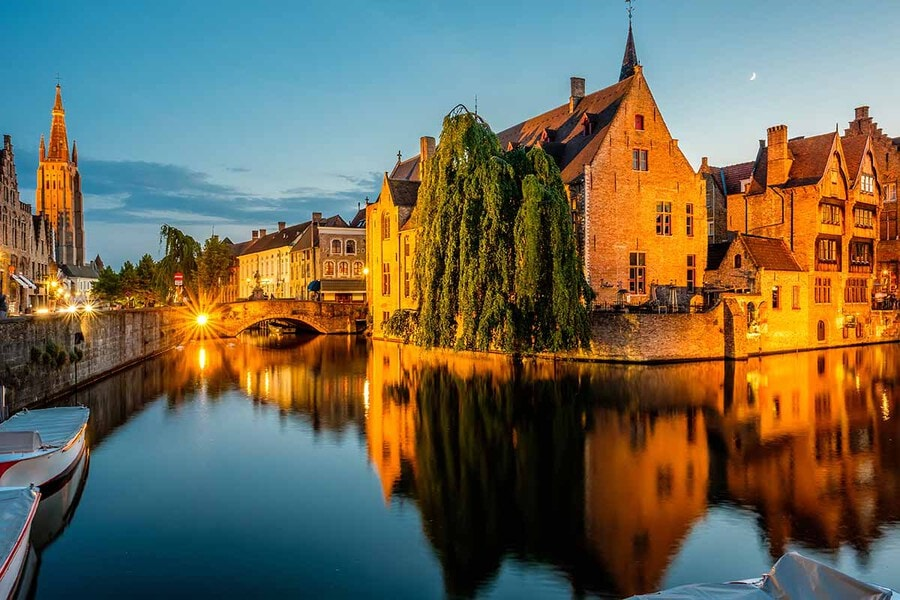 Bruges Travel Guide: Everything You Need to Know to Plan Your Trip