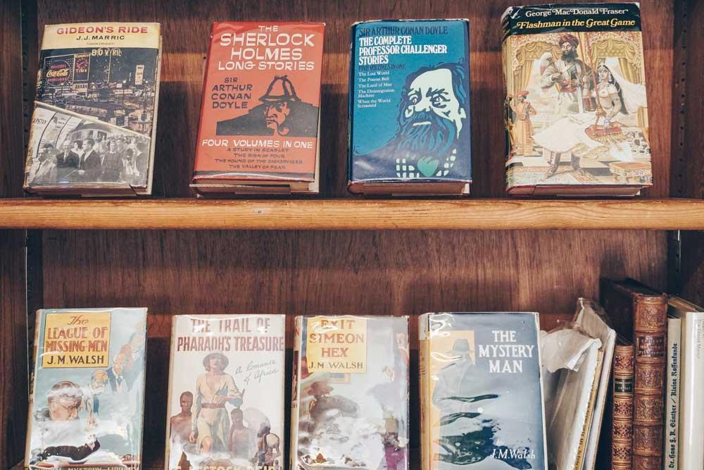 Quinto Books