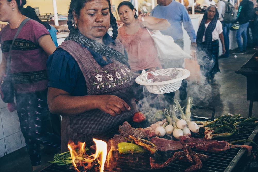 Tlacaloula Market