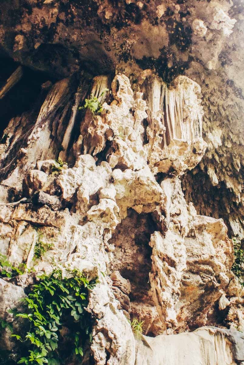 Cliffs in railay up close